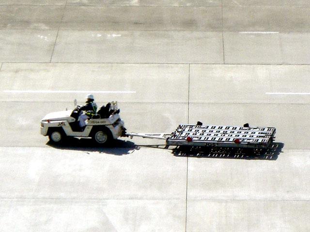 トーイングトラクター